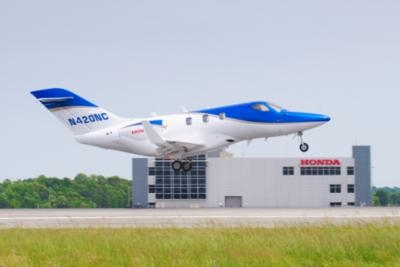 Fifth-Conforming-HondaJet-First-Flight-0513a